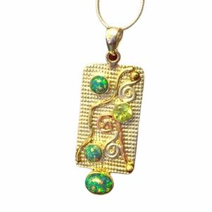Ladies Lab Opal Sterling Pendant
